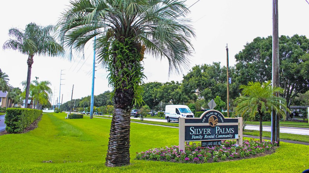 Silver Palms Apartments